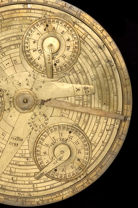 how to use a simple astrolabe