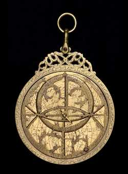 astrolabe, inventory number 33796 from India (?), 17th century