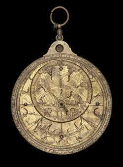 astrolabe, inventory number 37527 from North Africa, 16th century (?)
