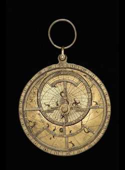 astrolabe, inventory number 49636 from Paris, ca. 1400