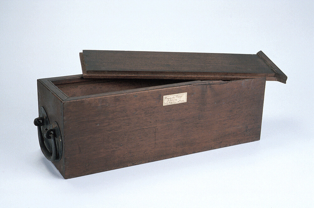 preview image for Pneumatic Trough, Probably Used by Lady Hippisley, English, c. 1800