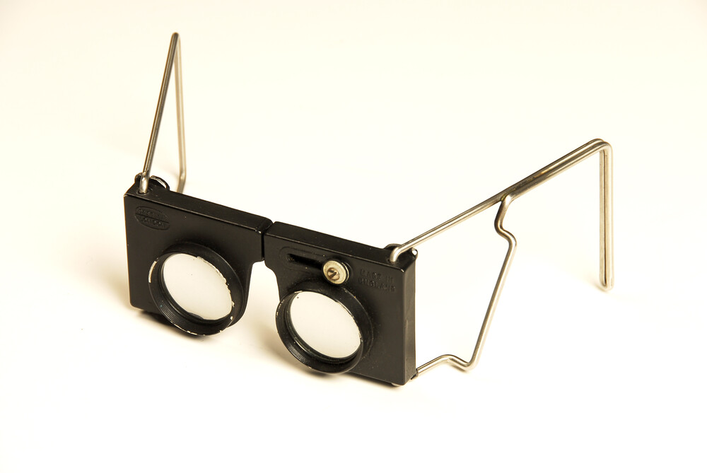 preview image for Hand Stereoscope, by Casella, London, Mid 20th Century