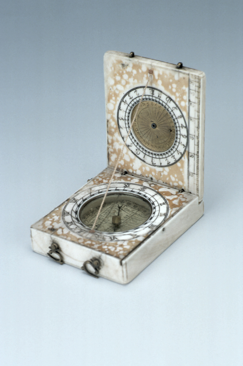 preview image for Diptych Dial, French, c. 1650
