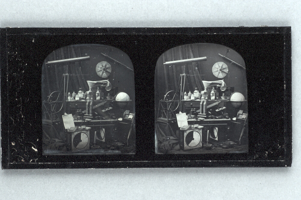 preview image for Stereoscopic Photograph (Daguerreotype) of Scientific Apparatus, by Antoine Claudet, 1850s