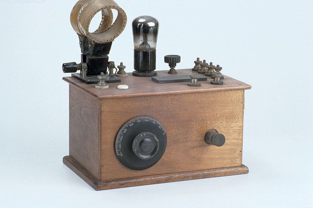preview image for SingleValve Receiver for Radio, c. 1925