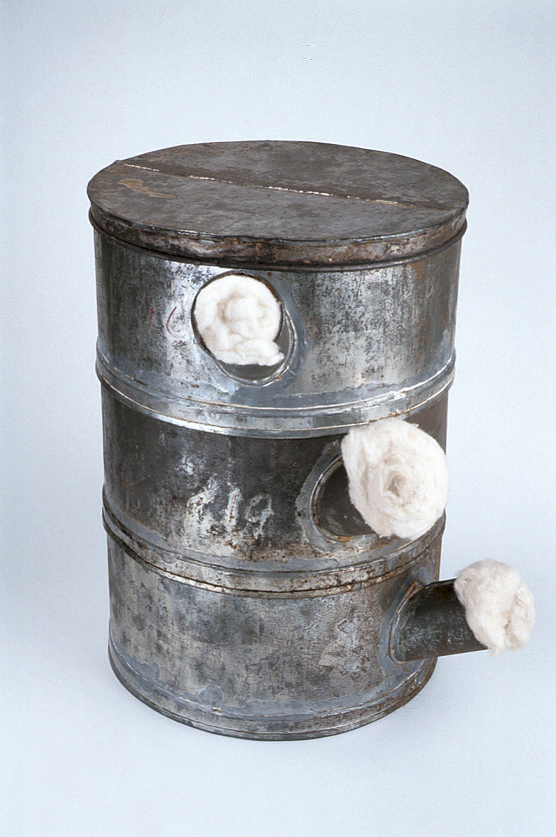 preview image for Penicillin Culture Vessel (3 Tier Biscuit Tins)