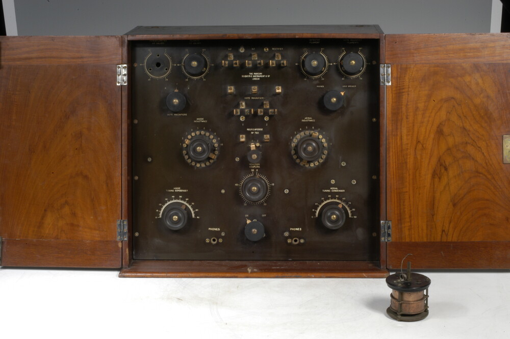 preview image for Marconi Five-Valve Receiver, by Marconi Company, London, 1922