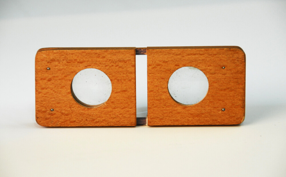 preview image for Pocket Stereoscope, Before 1930s