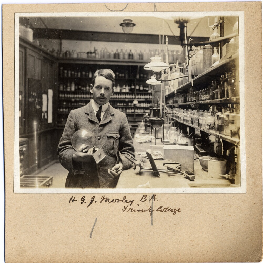 preview image for Photograph (Gelatine Print) of H. G. J. Moseley in the Balliol-Trinity Laboratories, Oxford, 1910