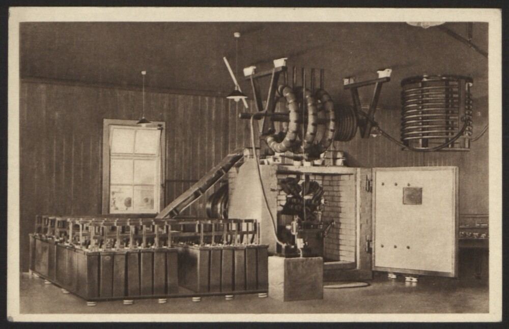 preview image for Print (Postcard) Marconi Wireless Series No. 3, Transmitting Plant at Poldhu Wireless Station, c.1939
