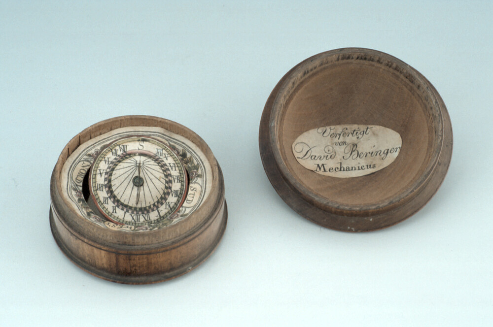 preview image for Horizontal Dial Magnetic, by David Beringer, German, Late 18th Century