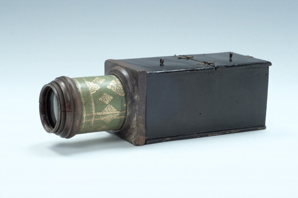 preview image for Camera Obscura, English, c. 1710