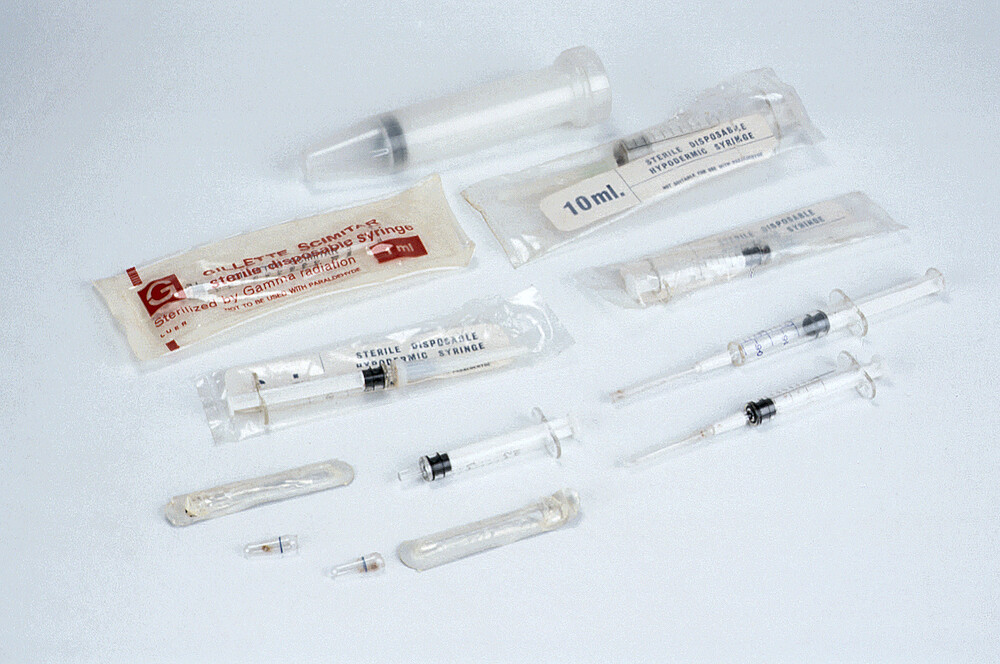 preview image for Disposable Syringes, by Gillette Scimitar/ Brunswick