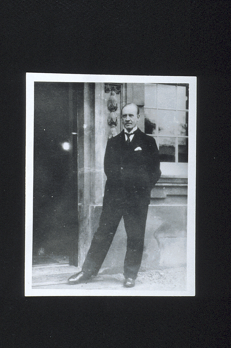 preview image for Photograph (Gelatine Print) of Sir Robert Robinson Outside the Dyson Perrins Laboratory, Oxford, ?1930s