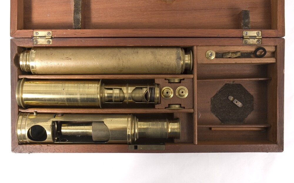 preview image for Optical Compendium with Case, English, c.1900-1925